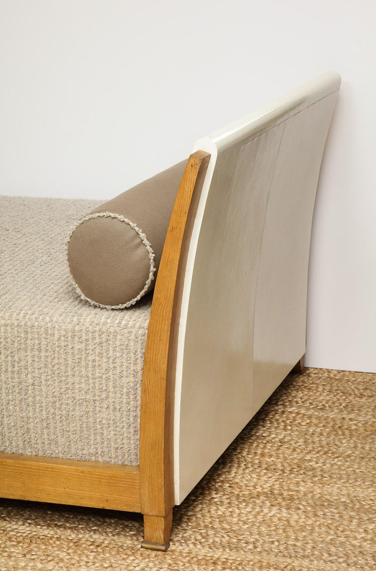 Important Parchment Daybed by Jansen For Sale 4