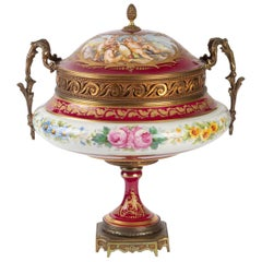 Important Porcelain Candy Box, Napoleon III, 19th Century