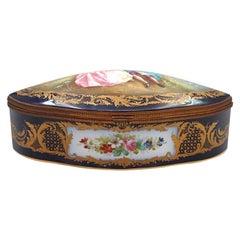 Important Sèvres Porcelain Box