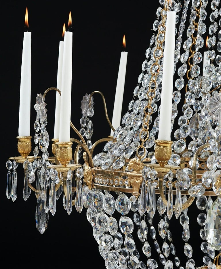 Important Swedish Twelve-Light Haga Chandelier, Stockholm, Late 18th Century In Good Condition For Sale In Stockholm, SE
