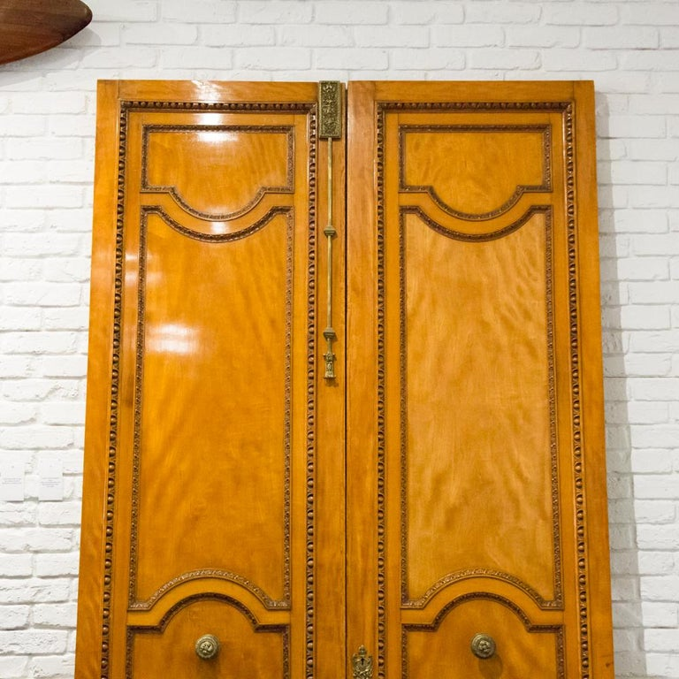 Imposing Pair of Carved Satin Wood Doors In Good Condition For Sale In London, GB
