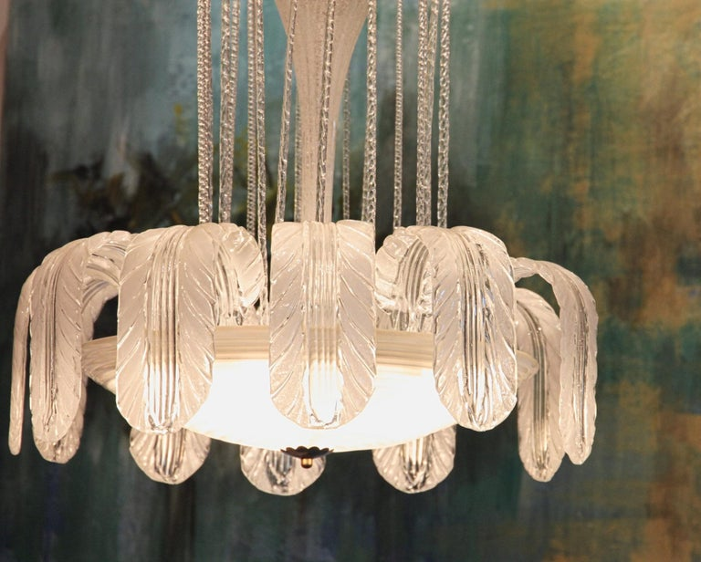 Imposing Rare Barovier Fountain Chandelier, White Puligoso, 1930s, Murano Deco For Sale 13