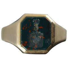 Impressive 9 Carat Gold and Bloodstone Intaglio Seal Signet Ring