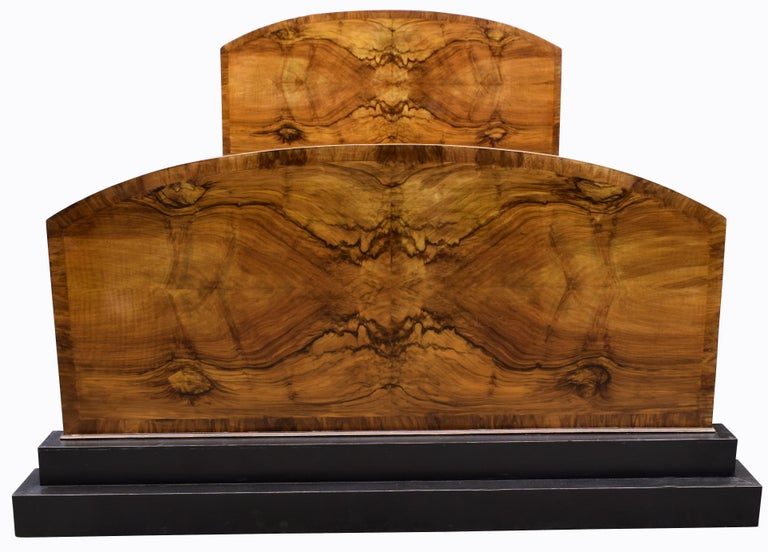 This is a wonderful opportunity to treat your bedroom to this statement piece Art Deco double bed. These style of beds that scream the Art Deco style are very few and far between and anyone who loves this era or collects from it will know this too.