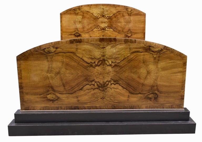 Impressive Art Deco Walnut Double Bed, circa 1930s For Sale 4