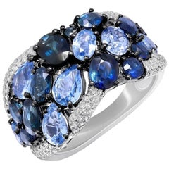 Impressive Blue Sapphire Diamond Cocktail White 14 Karat Gold Ring for Her