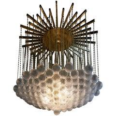 Beeindruckender Kugelkronleuchter aus Messing und Muranoglas