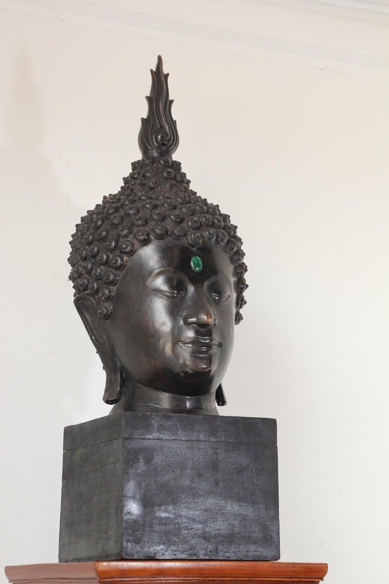 Impressive Bronze Head of Buddha on Pedestal For Sale 7