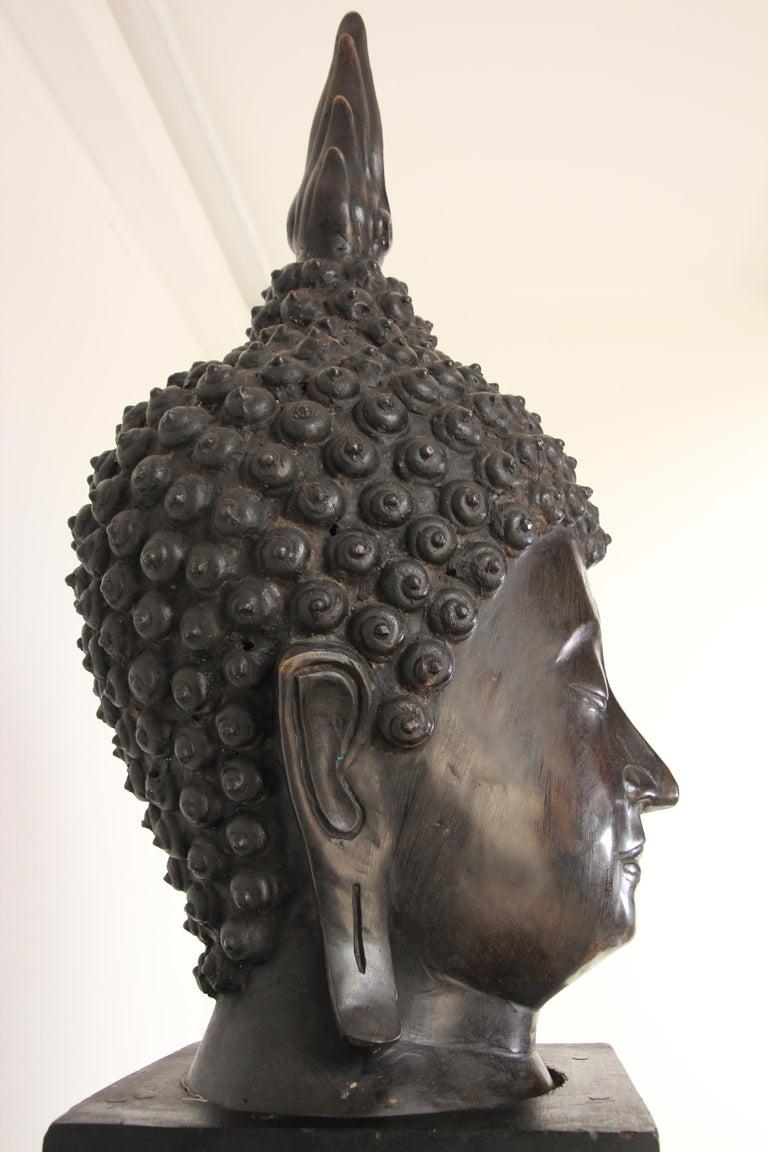 20th Century Impressive Bronze Head of Buddha on Pedestal For Sale