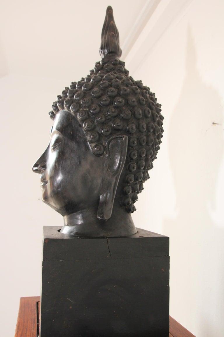 Impressive Bronze Head of Buddha on Pedestal For Sale 2