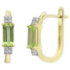 Impressive Chrysolite Diamond Yellow Gold Lever Back Earrings