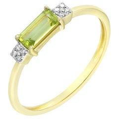 Impressive Chrysolite Diamond Yellow Gold Ring