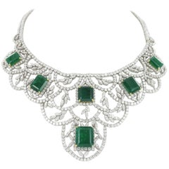 Impressive Emerald and Diamond Parure in White Gold