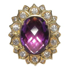Impressive Gianni Lazaro 7.84 Carat Amethyst Diamond Yellow 18 Karat Gold Ring