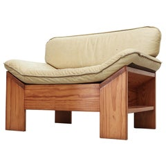 Impressive Leolux Pine and Leather Lounge Chair