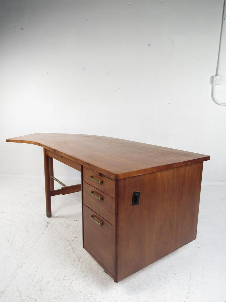 Mid-Century Modern Impressive Midcentury Curved Top Desk by
