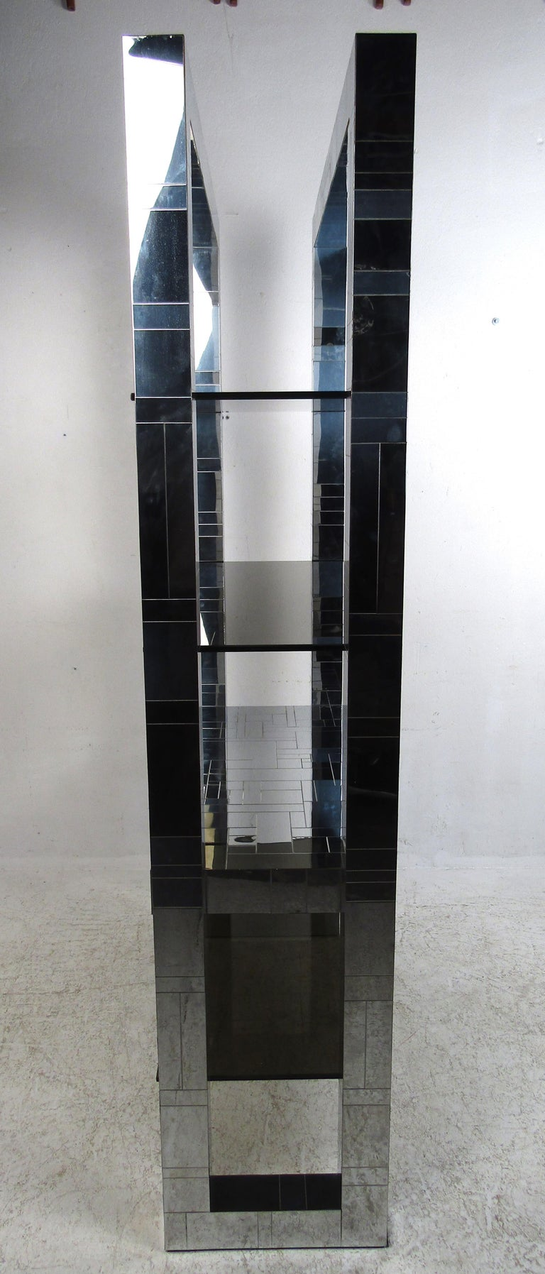 Impressive Mid-Century Modern Paul Evans Chrome Étagère In Good Condition For Sale In Brooklyn, NY
