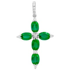 Impressive Rare Emerald Diamond White Gold Pendant Cross