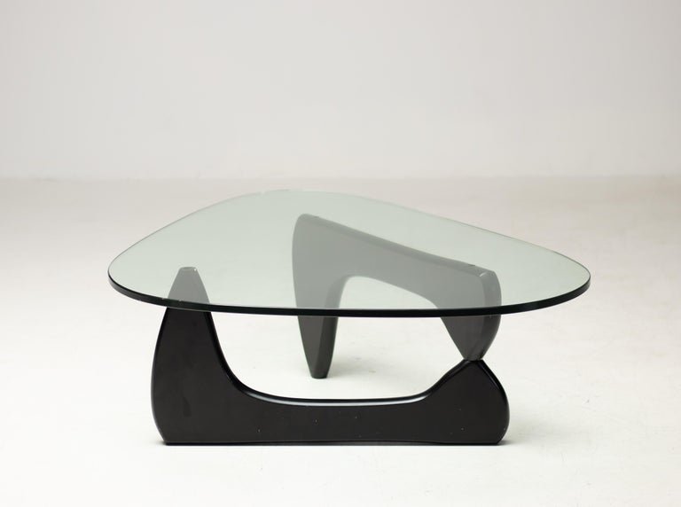 IN-50 Low Table by Isamu Noguchi For Sale 1