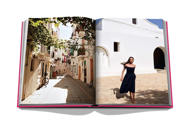 Contemporary in Stock in Los Angeles, Ibiza Bohemia by Renu Kashyap & Maya Boyd For Sale