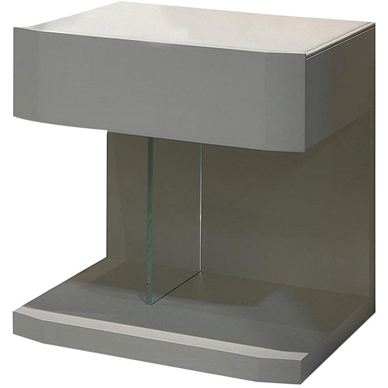 In Stock in Los Angeles, Samar Beige Leather Nightstand Table, Made in Italy For Sale