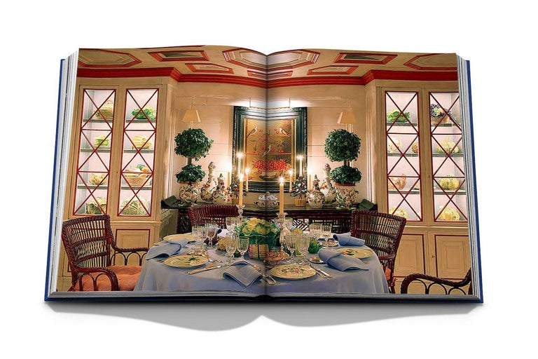 Paper In Stock in Los Angeles, Valentino: At the Emperor's Table by André Leon Talley For Sale