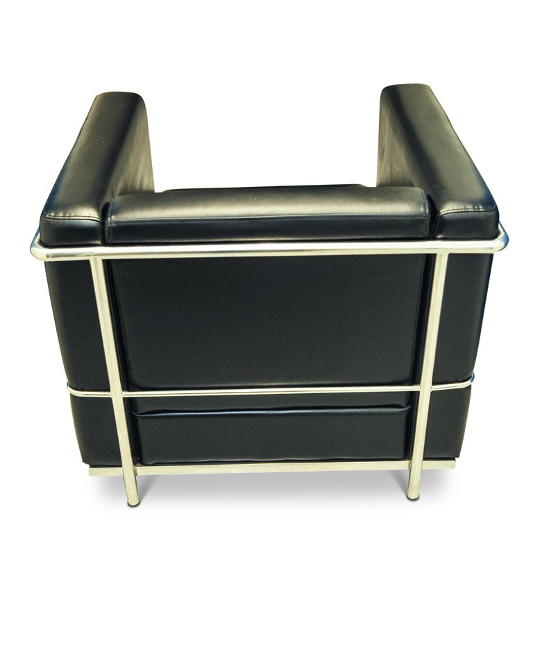 French In the Manner of Le Corbusier LC2 Black Leather Armchair Within a Chrome Frame For Sale