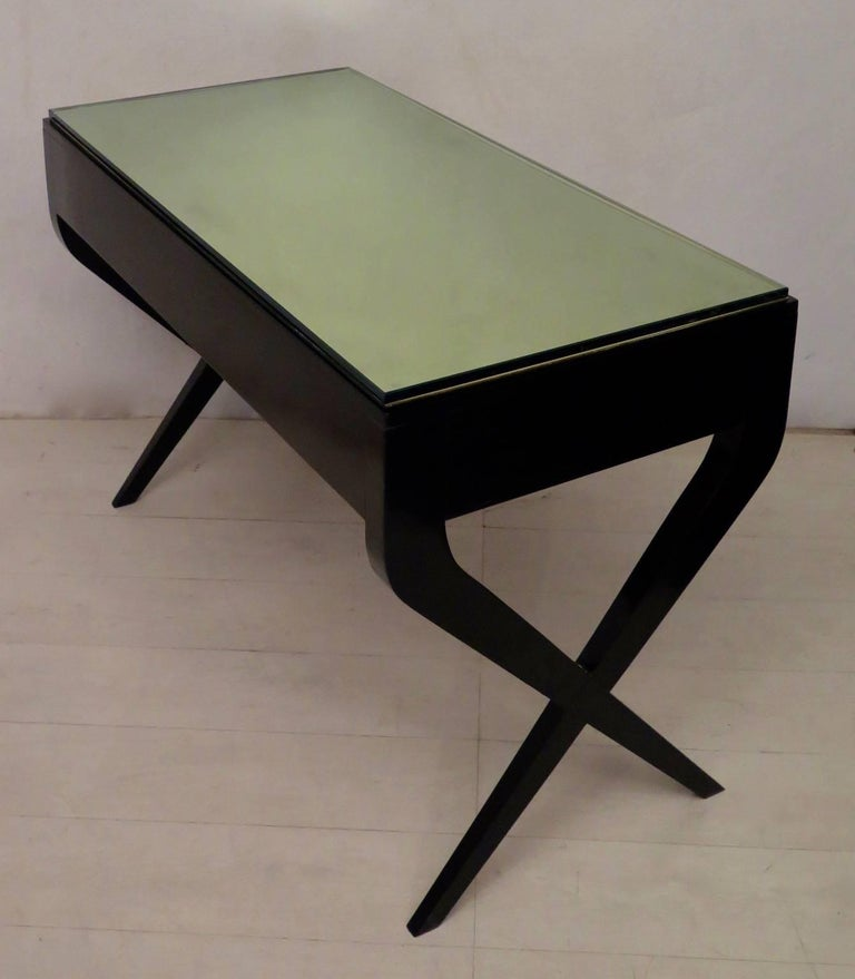 Mid-20th Century In the Style of Gio Ponti Italian Desk, 1950 For Sale