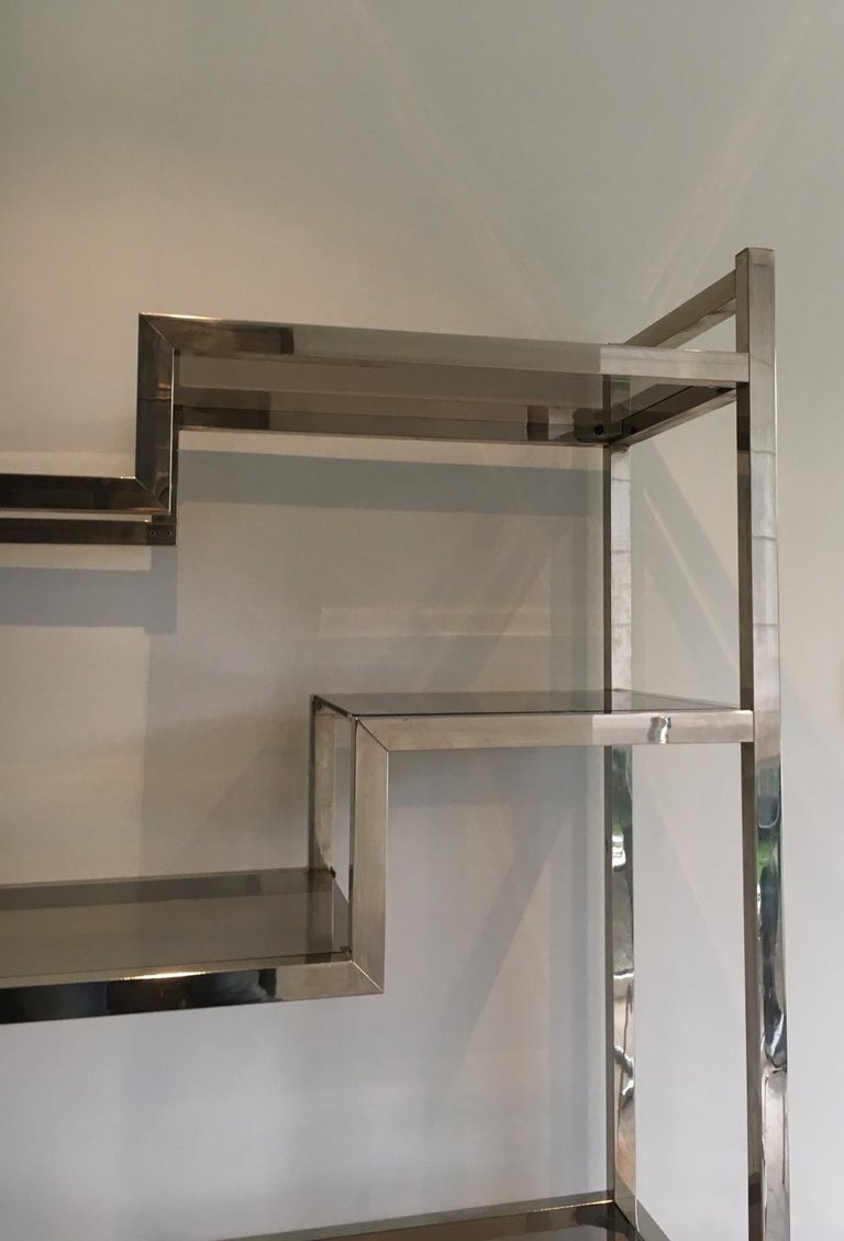 Design Chrome Shelves Unit in the Style of Willy Rizzo, French, circa 1970 In Good Condition For Sale In Marcq-en-Baroeul, FR