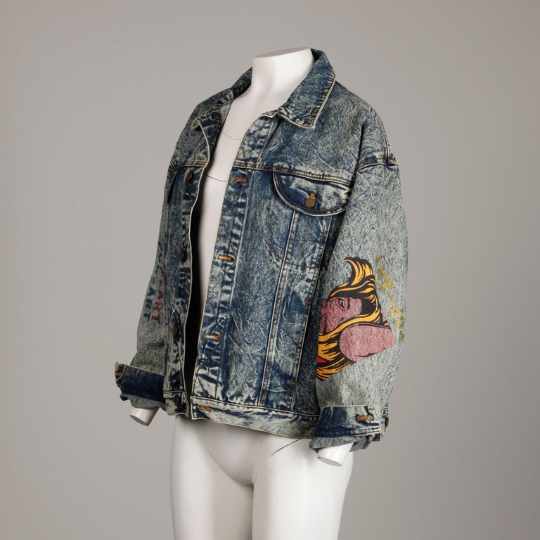 Incredible 1980s Vintage Comic Book Pop Art Acid Washed Denim Jean Jacket For Sale 5