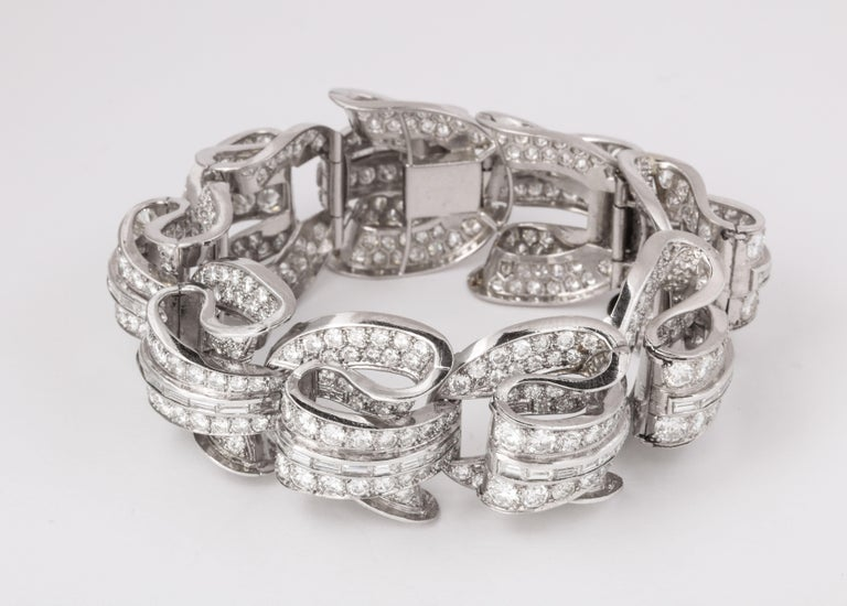 Incredible Geometric Art Deco Diamond Bracelet In Excellent Condition For Sale In New York, NY