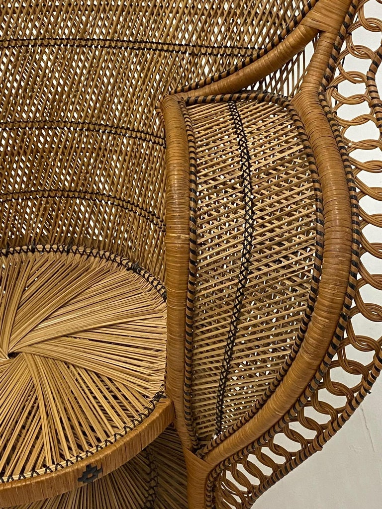 Incredibly Detailed Impressive in Scale Rattan Cobra Peacock Chair In Good Condition For Sale In Hopewell, NJ