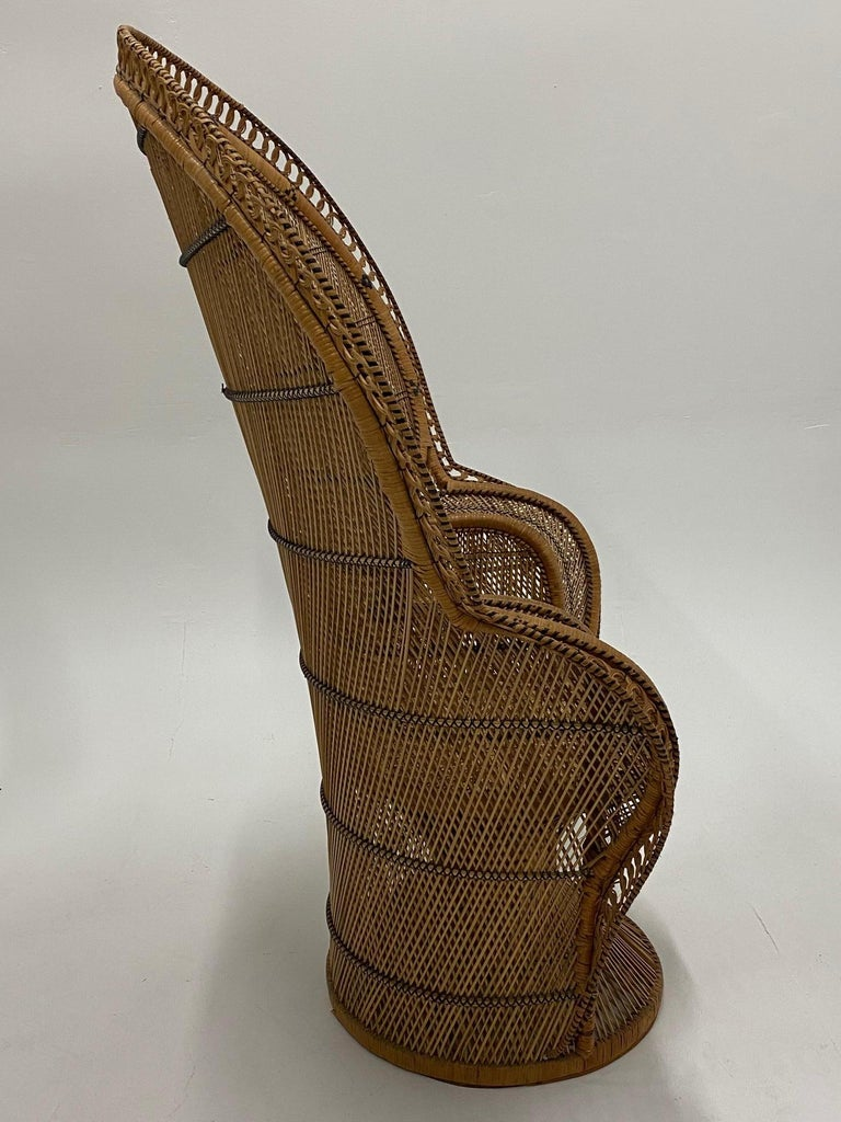 Incredibly Detailed Impressive in Scale Rattan Cobra Peacock Chair For Sale 2