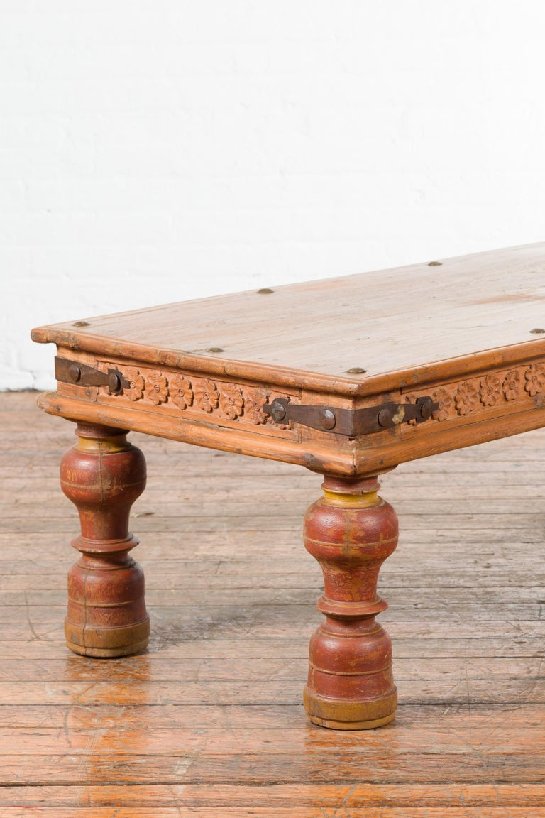 Indian 19th Century Coffee Table with Carved Floral Frieze and Baluster Legs For Sale 6