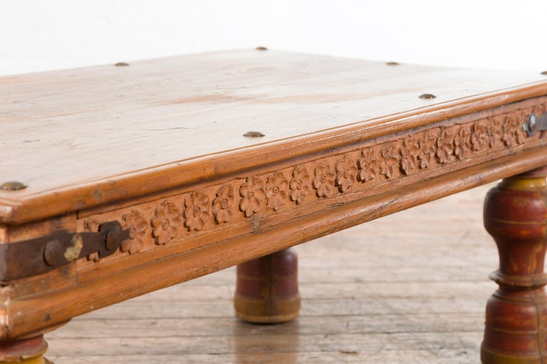 Indian 19th Century Coffee Table with Carved Floral Frieze and Baluster Legs For Sale 7