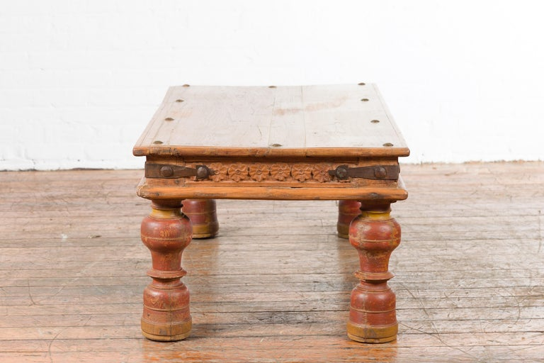 Indian 19th Century Coffee Table with Carved Floral Frieze and Baluster Legs For Sale 8