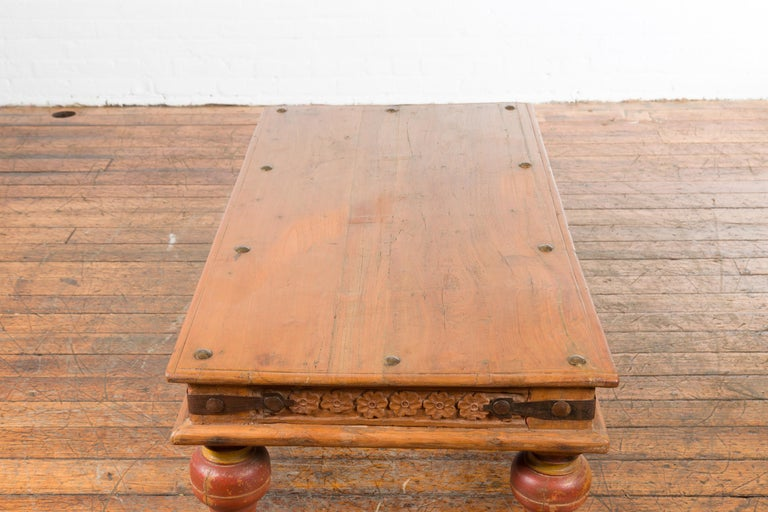 Indian 19th Century Coffee Table with Carved Floral Frieze and Baluster Legs For Sale 11