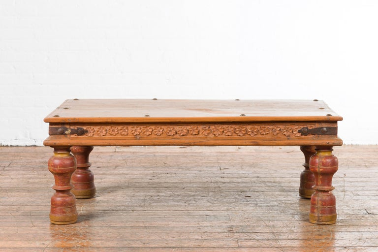 Indian 19th Century Coffee Table with Carved Floral Frieze and Baluster Legs In Good Condition For Sale In Yonkers, NY