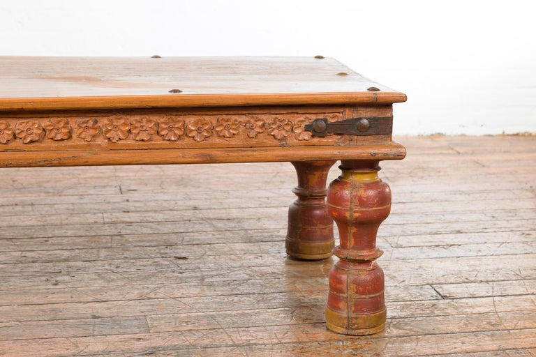 Indian 19th Century Coffee Table with Carved Floral Frieze and Baluster Legs For Sale 2