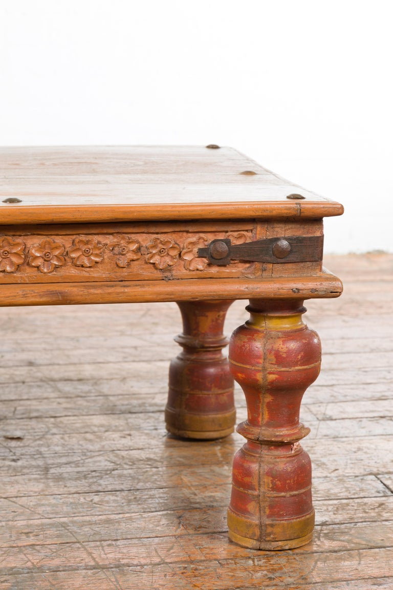 Indian 19th Century Coffee Table with Carved Floral Frieze and Baluster Legs For Sale 4