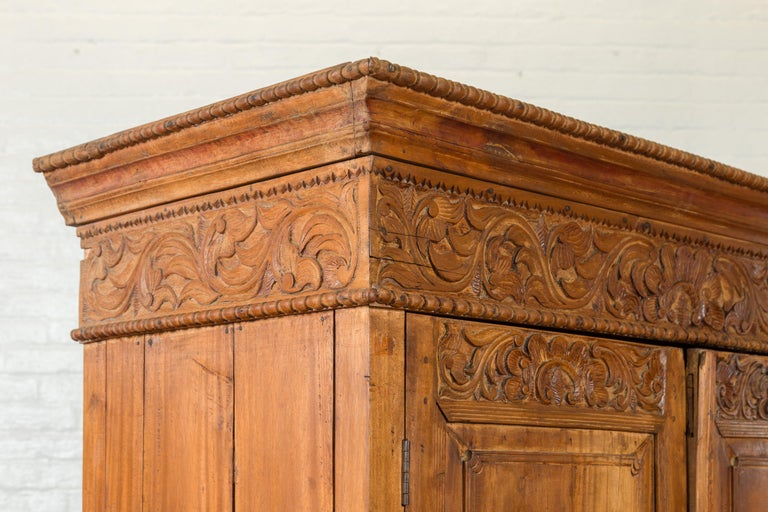 Indian 19th Century Tall Cabinet with Carved Scrolling Foliage and Beaded Motifs For Sale 9