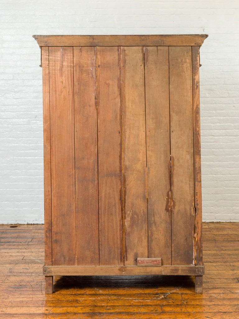 Indian 19th Century Tall Cabinet with Carved Scrolling Foliage and Beaded Motifs For Sale 12