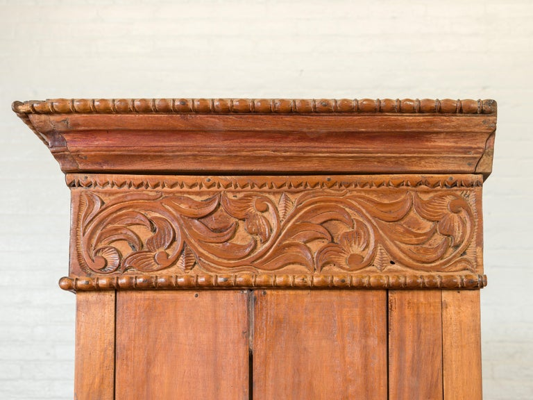 Indian 19th Century Tall Cabinet with Carved Scrolling Foliage and Beaded Motifs For Sale 14