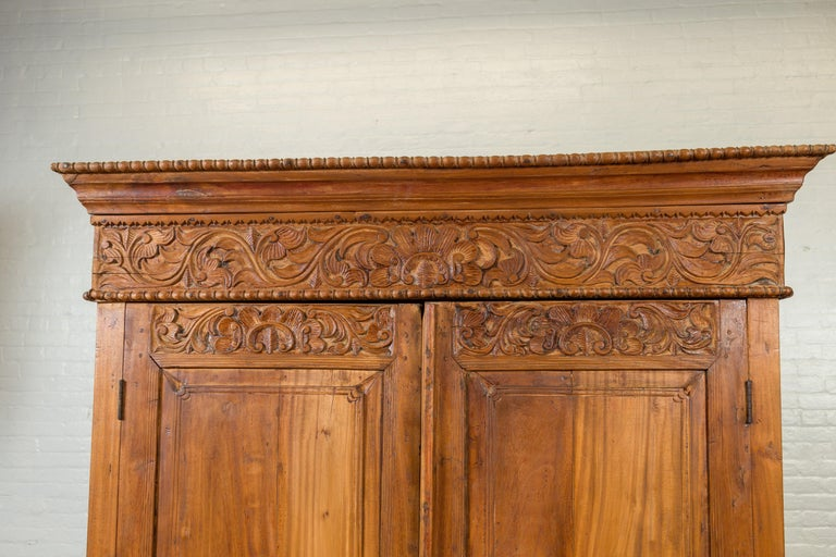 Indian 19th Century Tall Cabinet with Carved Scrolling Foliage and Beaded Motifs For Sale 1