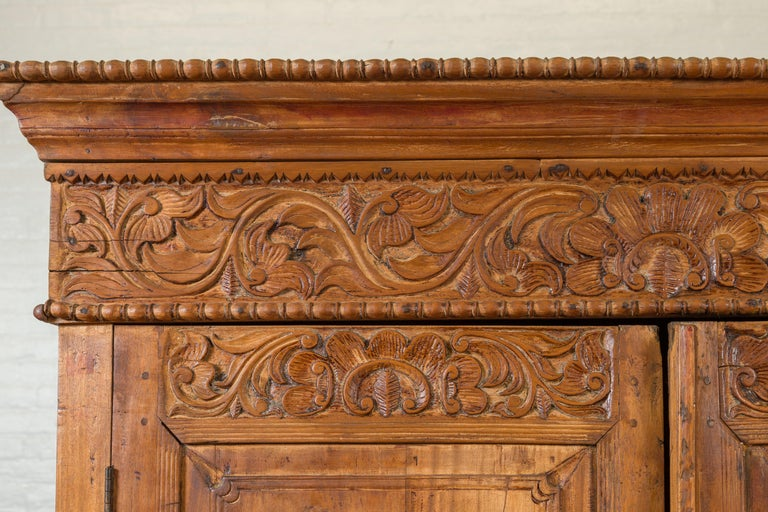 Indian 19th Century Tall Cabinet with Carved Scrolling Foliage and Beaded Motifs For Sale 2