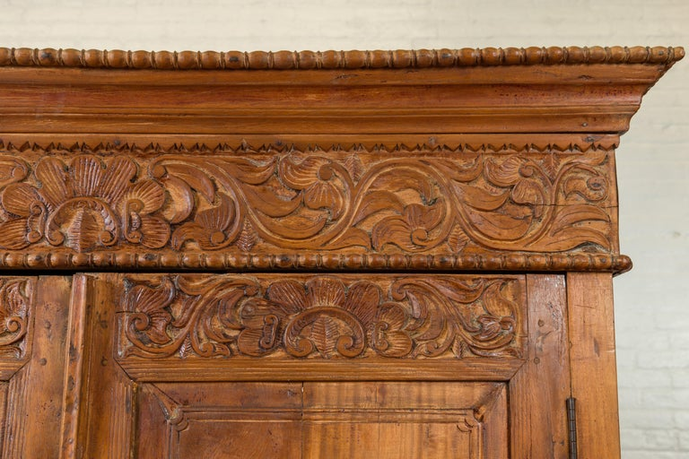 Indian 19th Century Tall Cabinet with Carved Scrolling Foliage and Beaded Motifs For Sale 3