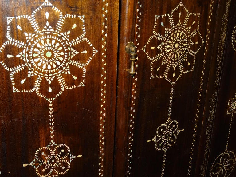 Indian 20th  Wardrobe Mother of Pearl Inlaid Wooden , with Mandalas For Sale 2