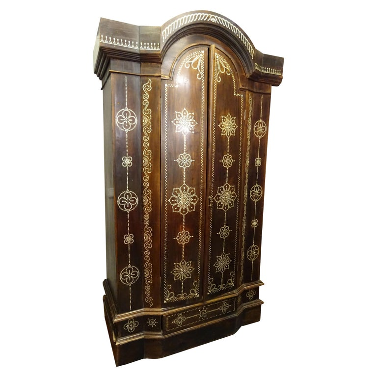 Indian 20th  Wardrobe Mother of Pearl Inlaid Wooden , with Mandalas For Sale