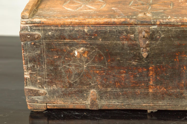 Indian Antique Wooden Dowry Box with Geometric Motifs and Weathered Patina For Sale 2