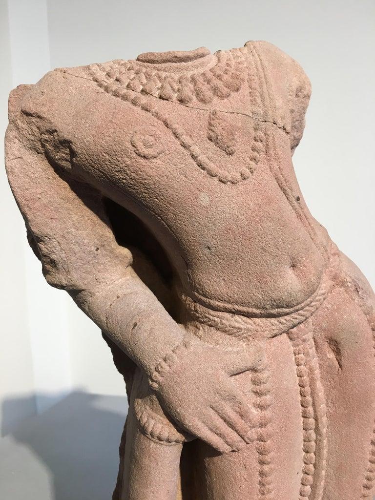 Indian Carved Pink Sandstone Torso of Vishnu, 10th-11th Century For Sale 4